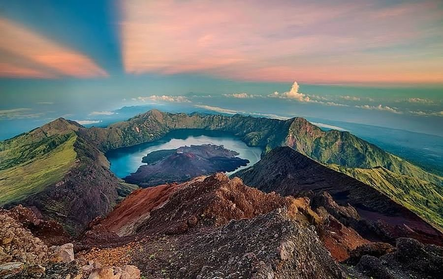 Our Summit, Lake , Rim, Advance and also Our Torean Route provide you excellent trekking experienced in Gunung Rinjani National Park. We are flexible and open minded Trekking organizer to comfort your trekking experienced no matter if you are beginner or professional trekker. We are ready to serve you better and proud you to reach the Rinjani Summit. Outdoors Landscape Travel Destinations Sunset No People Urban Skyline Aerial View Multi Colored Lava Beach Sky Sea City Night Cityscape Nature Galaxy Astronomy Rinjani National Park Rinjanimountain Lombok-Indonesia Scubasurflombok
