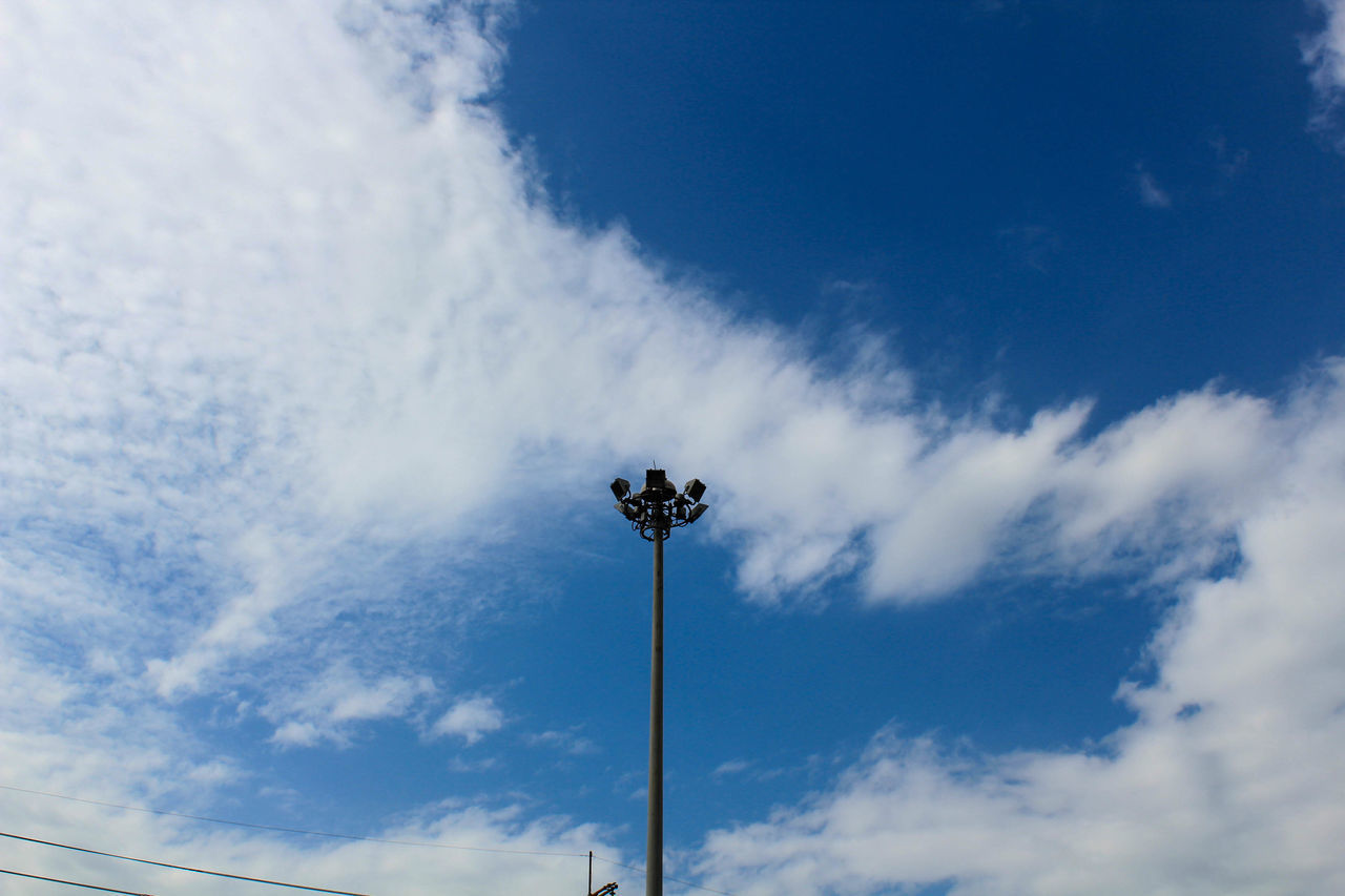 Beauty In Nature Blue Cloud - Sky Day Floodlight Low Angle View Nature No People Outdoors Sky Street Light คนเดียว เหงา เหงานะ เหงามา