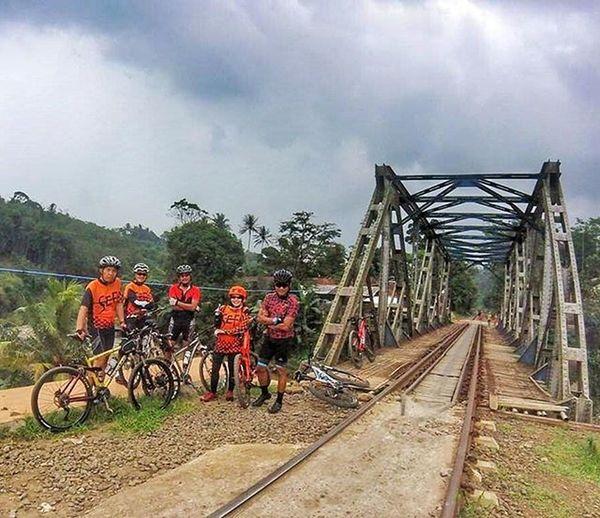 heading to rancamaya Sefo  Cipelang