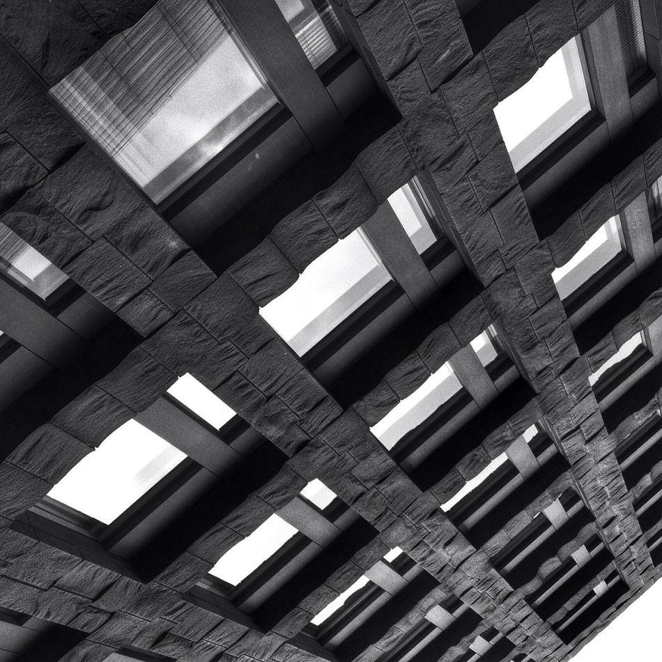AMPt - Vanishing Point Architecture Perpective Blackandwhite