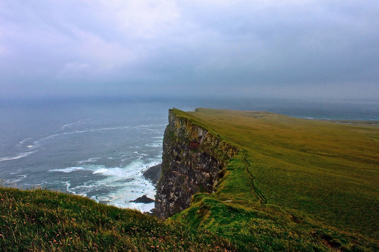 Látrabjarg Cliffs Iceland Beautiful Nature Latrabjarg Cliffs The Great Outdoors - 2015 EyeEm Awards Icelandtrip Iceland Memories Iceland_collection Iceland Trip Landscape_Collection Romantic Landscape