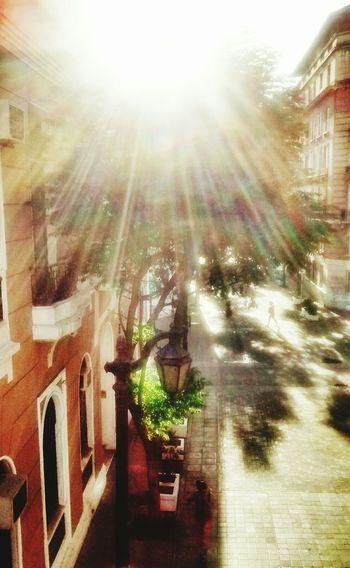 Taking Photos Walking Around Motorolaphotography Streetphotography Mobilephotography Discover Your City Motorolamotog
