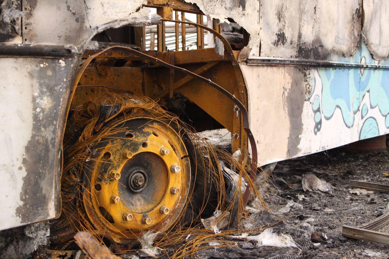 Urban Vehicle Uruguay Bus Vehiculo  Omnibus Fuego Fire Burnt
