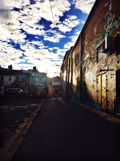 Morning! Check This Out Walking Around Clouds And Sky Clouds Urban Geometry Landscape Streetphotography Street Photography Street Sunrise