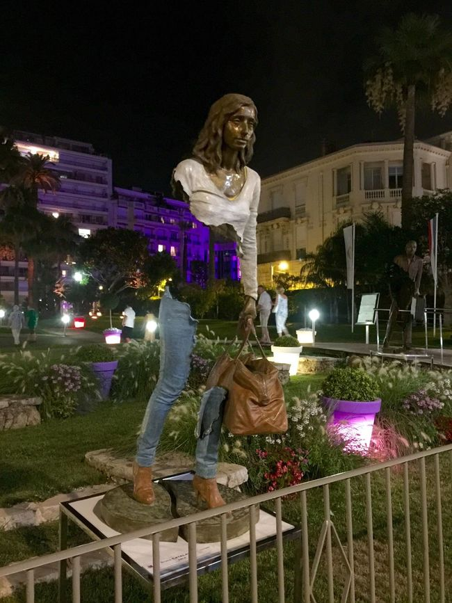 Statue Hanging Out Holiday Enjoying Life Art ArtWork Nightphotography Great Atmosphere Hanging Out Hello World