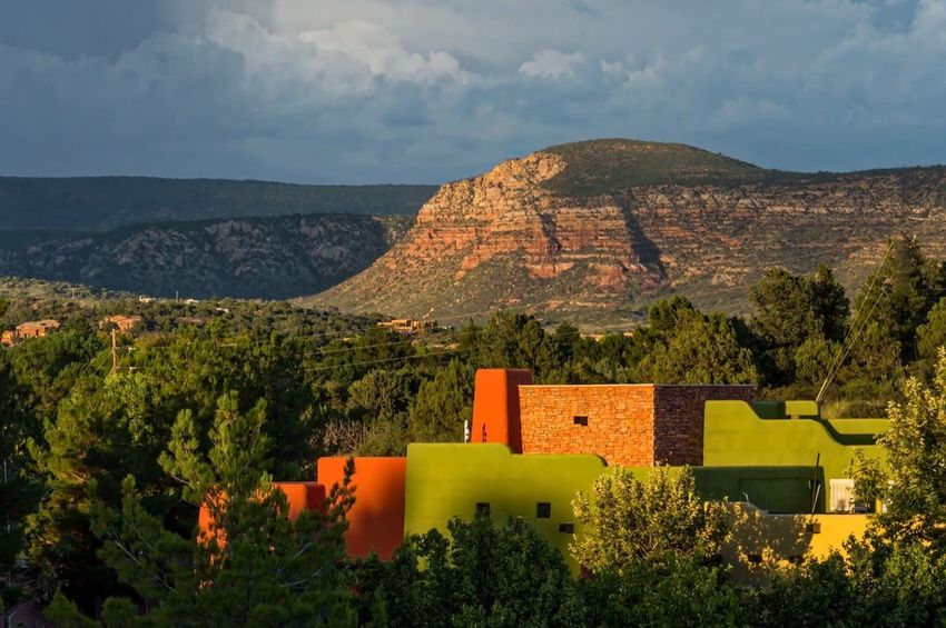 Sedona Sunset Mountain Built Structure Architecture Building Exterior Sky Nature Mountain Range Scenics Beauty In Nature Day No People Outdoors Tree Landscape