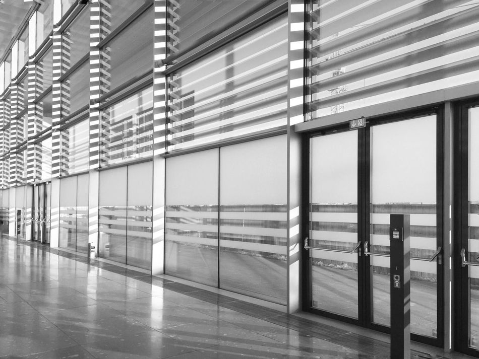 Architektur Architecture Built Structure Modern Indoors  No People Symetry Black And White