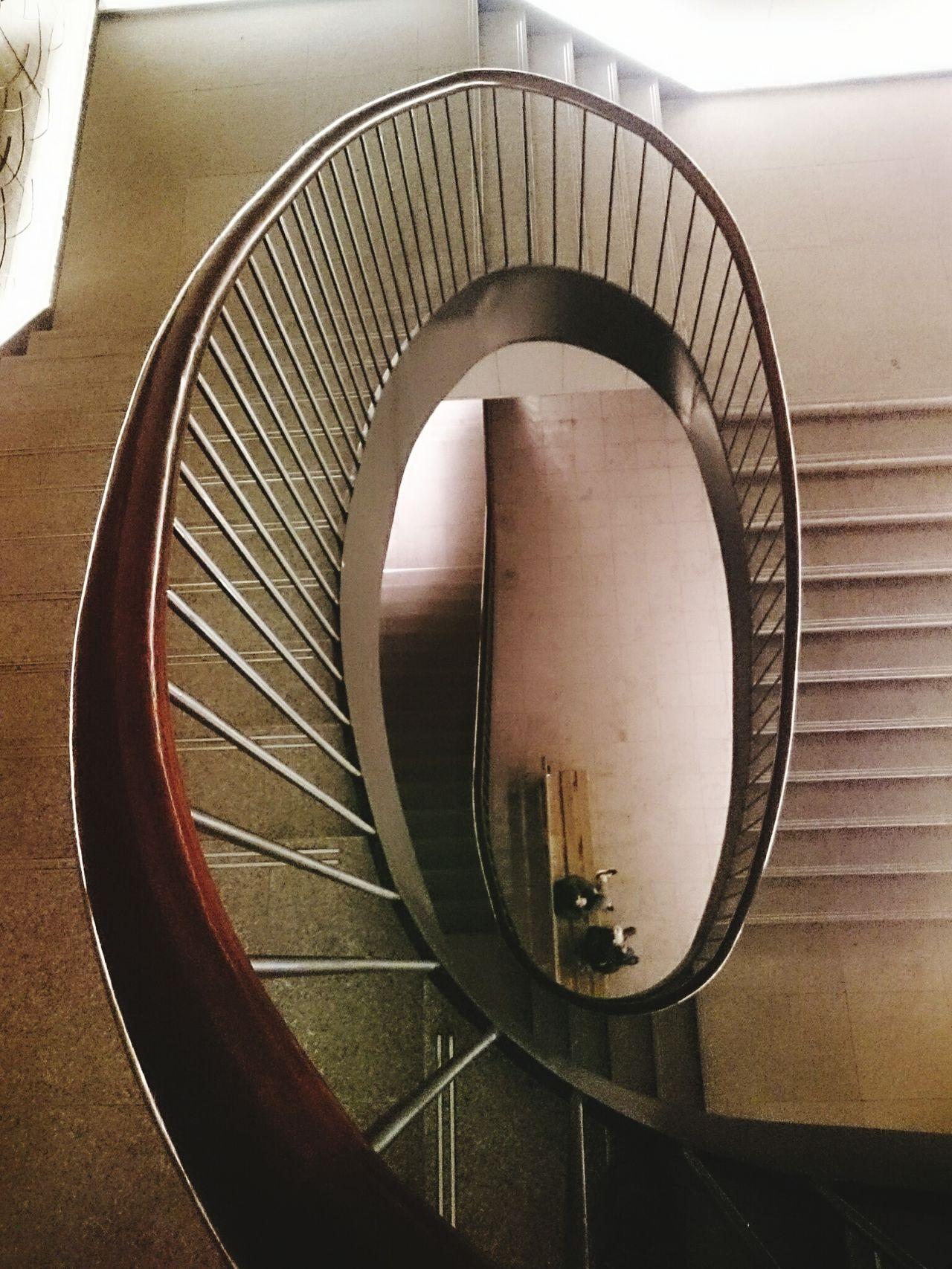 樓梯間 EyeEmNewHere Indoors  Staircase Architecture Spiral Staircase Steps And Staircases No People Built Structure