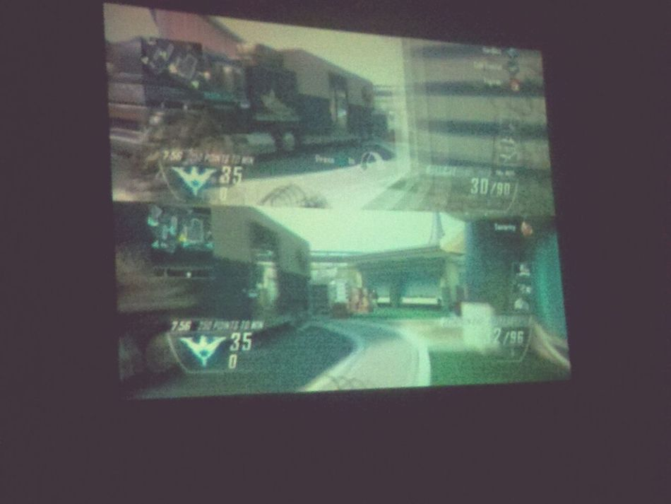 Xbox 360 Xbox Live Call Of Duty Black Ops 2  Projector