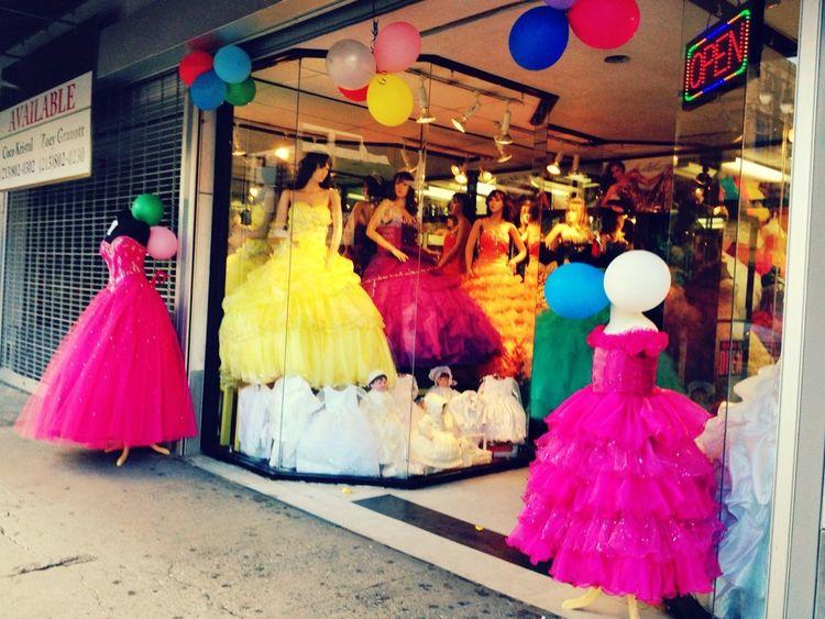 Window Shopping Quinceñera