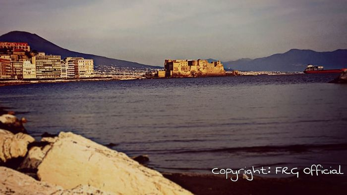 Hanging Out Taking Photos Check This Out Hello World Relaxing Enjoying Life Naples Hdr Edit Feeling Good Napoli_foto Samsung Galaxy S6 Edge Heartofcity City_nature Sea And Sky Sea Side Feelings Nature