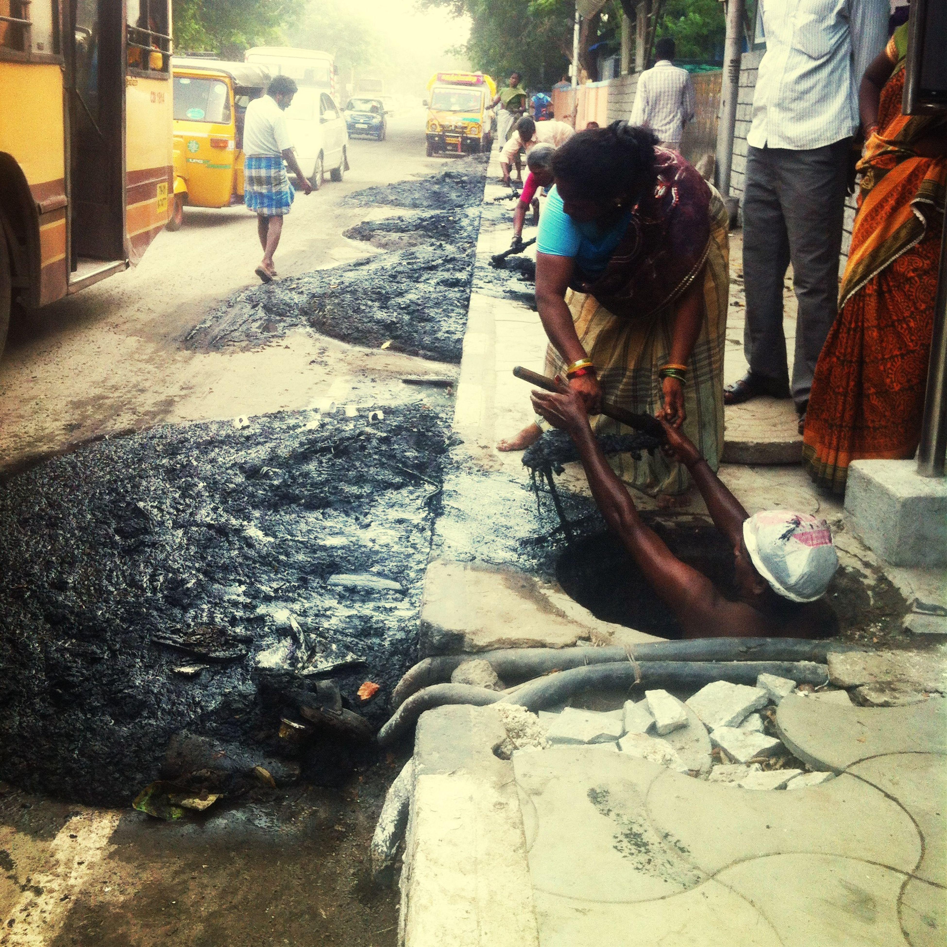 Thisisjustwrong OnlyinIndia Sewage Caste Health Hazard Sickening Workers Unblocking Drains Drainage