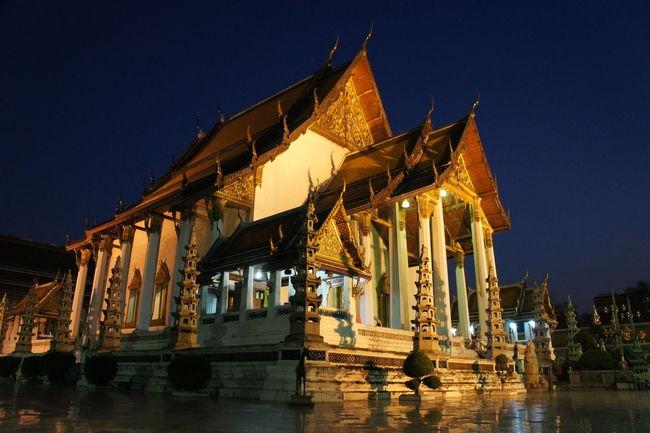 วัดสุทัศน์เทพวราราม Architecture Bangkok Buddhist Buddhist Temple Building Exterior Built Structure Capital Cities  City Culture Façade Famous Place Historic History International Landmark Outdoors Place Of Worship Religion Spirituality Tourism Travel Destinations