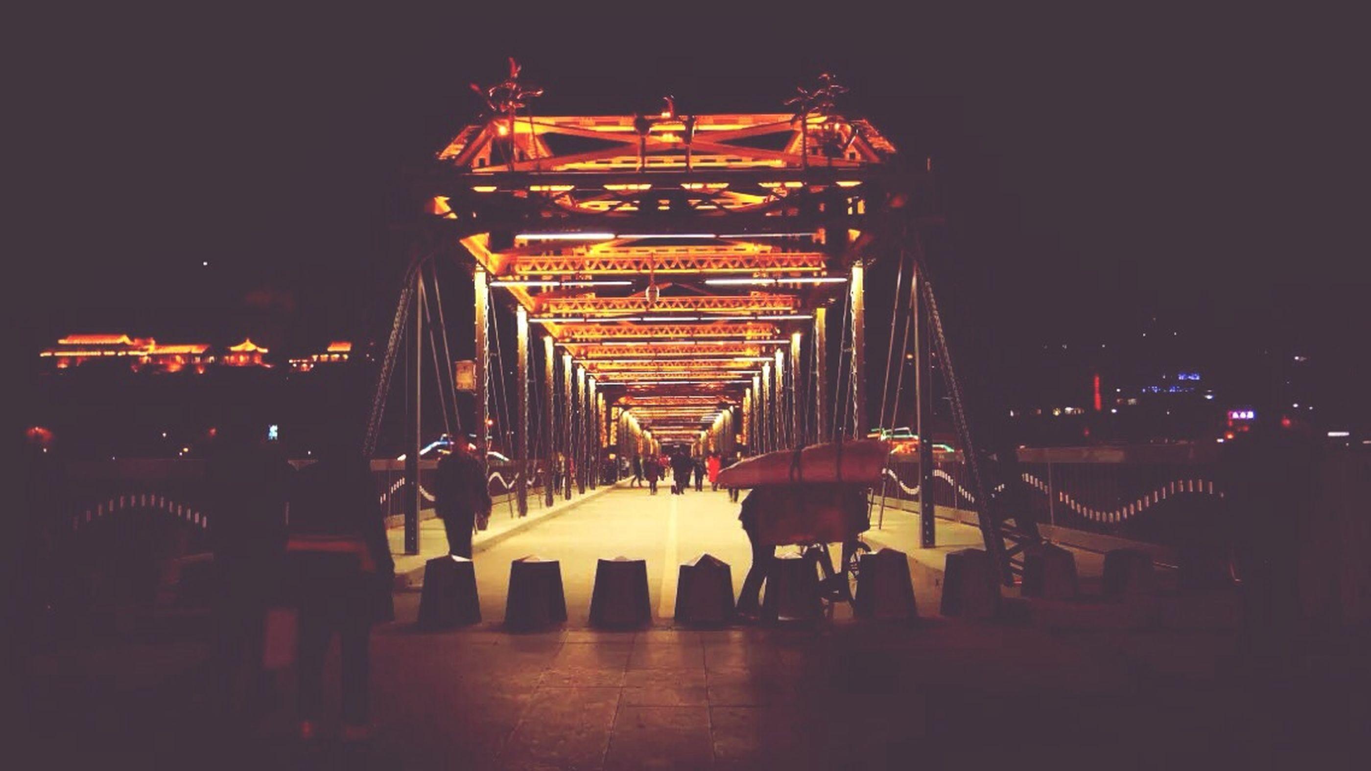 中山桥 Walking Around