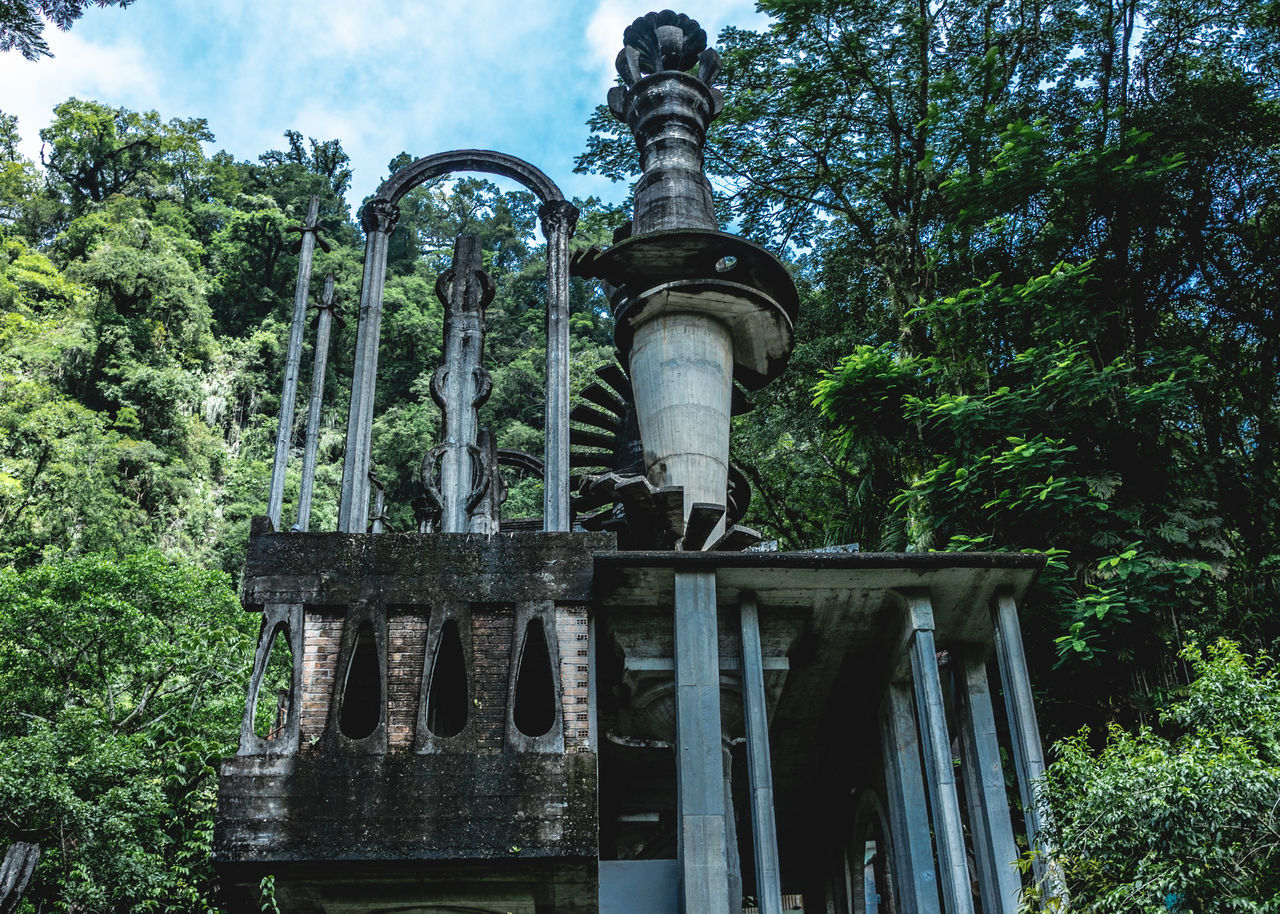 Architecture Architecture Castle Day Daydreaming Green Color Jungle Land Art Low Angle View Mexico Nature Nature No People Outdoors San Luis Potosí Sculpture Garden Sky Surrealism Travel Travel Destinations Travel Photography Tree Xilitla Neighborhood Map