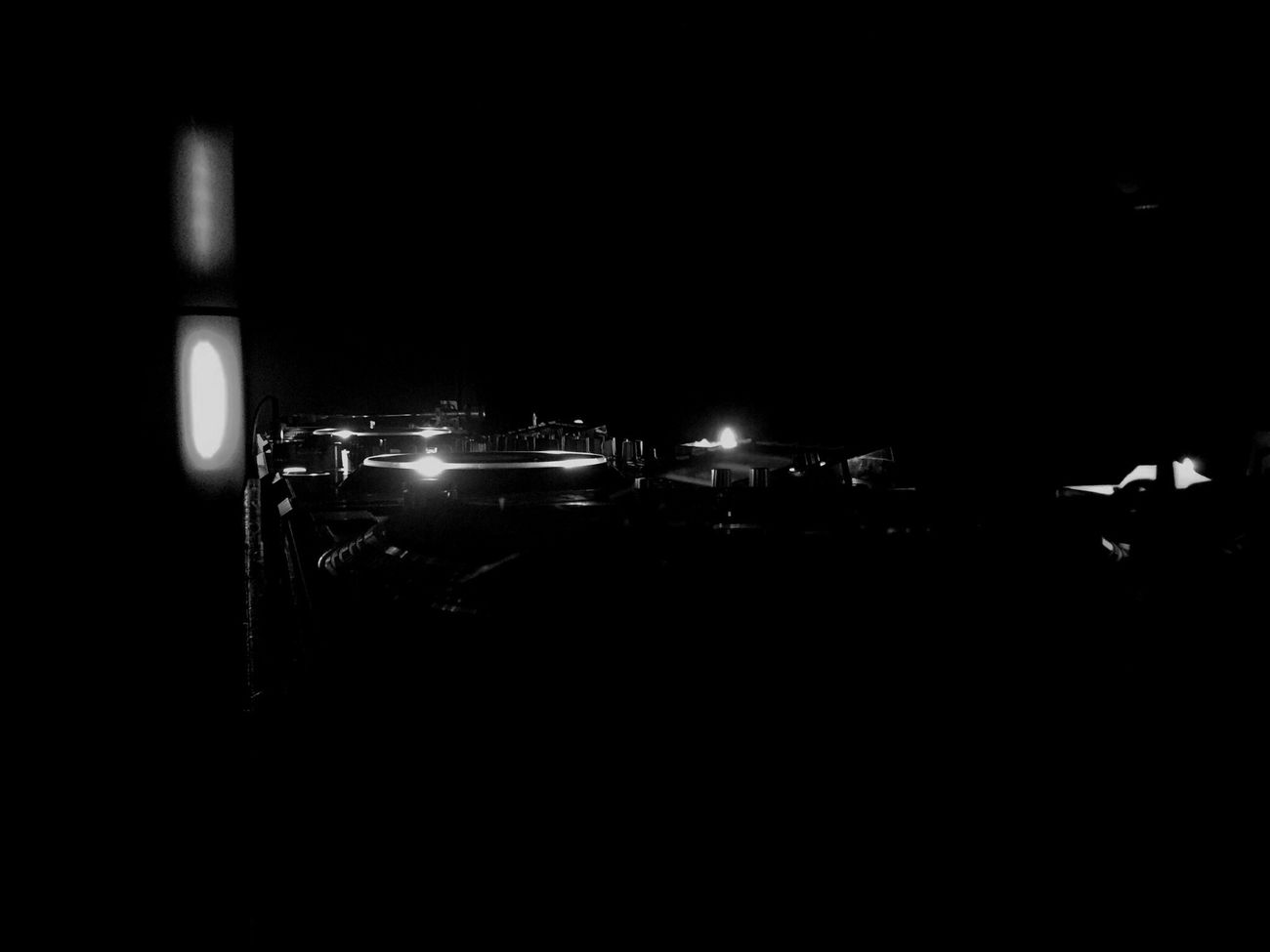 Me time again🎬 Dark Lighting Equipment Darkness Light My Favorite Place Illuminated EyeEm Best Shots Blackandwhite Black And White Bw_collection EyeEm Best Shots - Black + White Close-up EyeEm Gallery Light-Play EyeEmBestPics EE_Daily: Black And White Internet Addiction