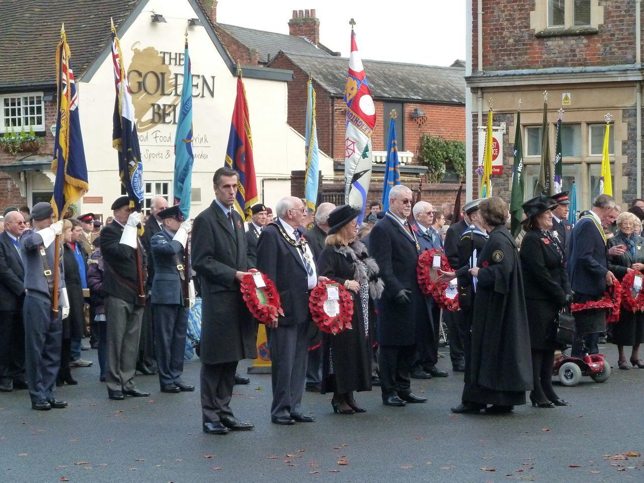 Remembrance Day, Leighton Buzzard Remembrance Day Lestweforget Leighton Buzzard Wreath