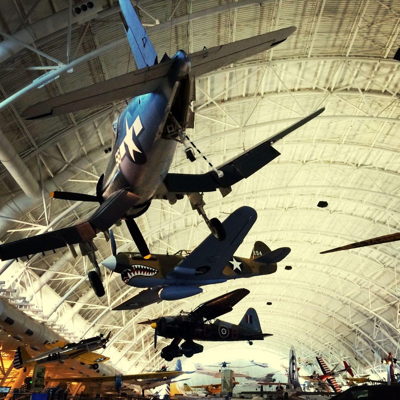 Vintage fliers -- Vintage Planes