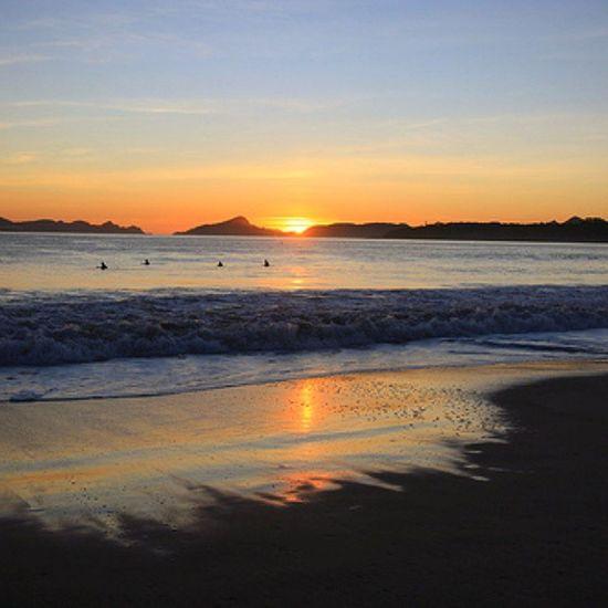 Placeres de la vida... Sea Relax Beach Galifornia Horizont  Sunset Paradise Galiciaparadise Colors Amazingplaces Nature Earth Skycolors