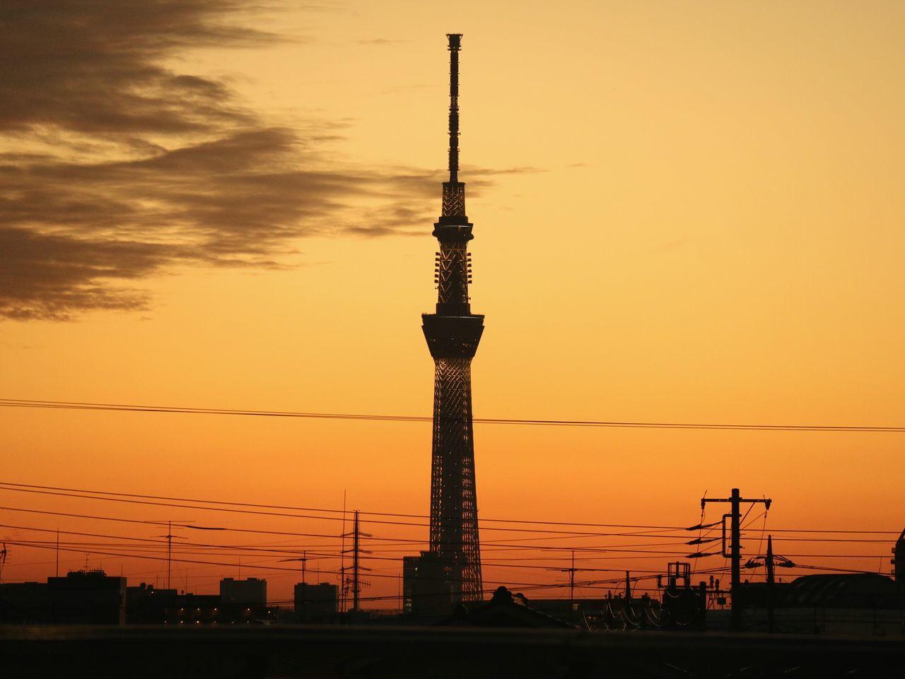 Sunset Tower Orange Color Dramatic Sky Urbanlandscape Tokyo Japan Sunset_collection Landscape Silhouette Skytree Tokyoskytree Wires Dusk
