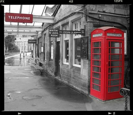 Telephone Box at Keighley by block119er