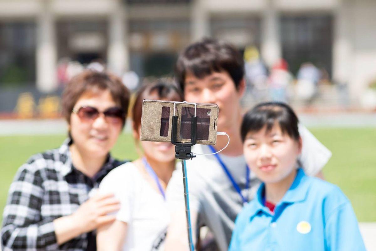 The Portraitist - 2015 EyeEm Awards My Smartphone Life China Travel Photography Xian Selfistick The Traveler - 2015 EyeEm Awards The Moment - 2015 EyeEm Awards The Photojournalist - 2015 EyeEm Awards