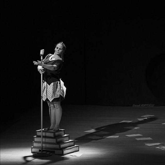 Dance Dancing Dancer Ballerina Girl Girls Woman Female Blackandwhite Bw Portraiture Izmir Modernart Art Music Musician Event Muzeyyensenar Nikon Photoplaytr EmrahKurtoglu Bestoftheday Follow Like Followme instafollow instalike instagood instamood 1x5