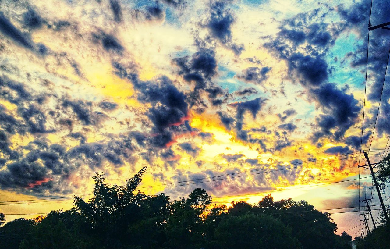 TakeoverContrast Colors And Patterns Texas Skies Overnight Success Cloudscape Texas Sky Beauty In Nature Low Angle View Majestic Sun Sunset Cloudy IPhoneography Street Photography Streetphotography Colors Of Autumn Fall Beauty Tree Dramatic Sky Multi Colored Electric Pole Electric Wire Electricity  Cloud - Sky