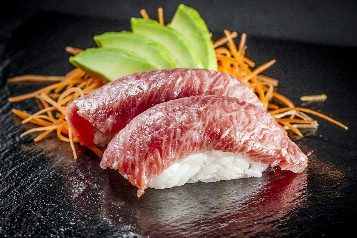 Freshness Tuna Sushi Food Photography Food And Drink Healthy Eating Japanese Food Tuna Foodpics Niguiri Sushi Niguiri Ready-to-eat Close-up Foodporn Sushi Food