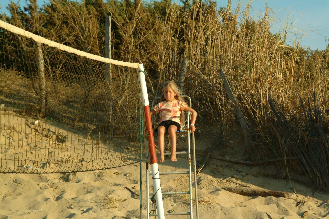 one person, outdoors, people, sand, day, one woman only, adults only, only women, adventure, full length, adult, nature, tree