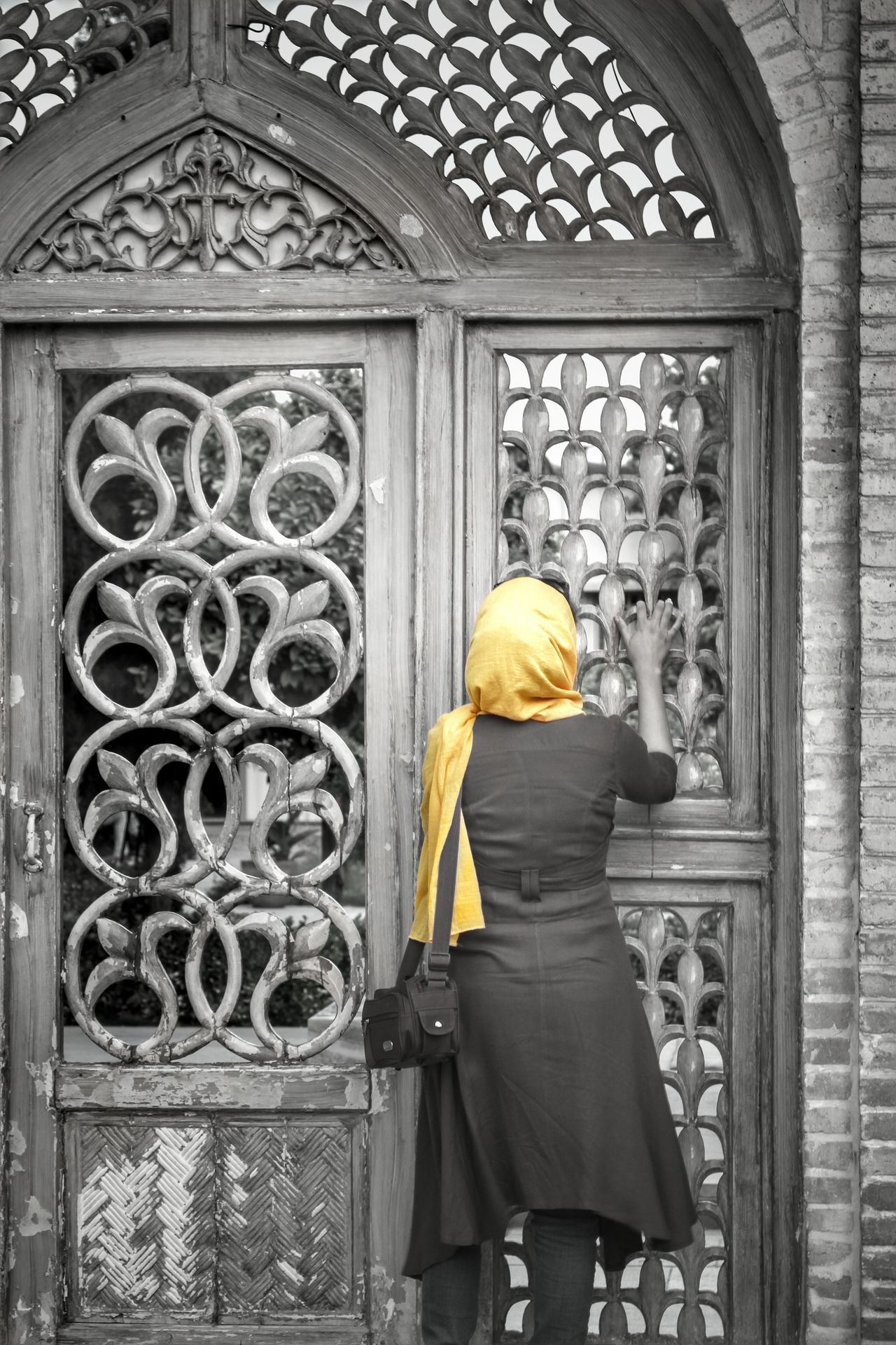 no comment. HDR 43 Golden Moments Scenics HUMANITY Freedom From My Point Of View Abstract People People Photography Colors Colorful Black And White Black & White Black&white Yellow Love Hope Hopeful Hopeless Woman Woman Portrait Female Girl Shiraz, Iran