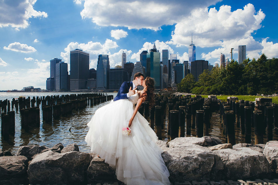 Beautiful stock photos of hochzeit, water, city, sky, young adult