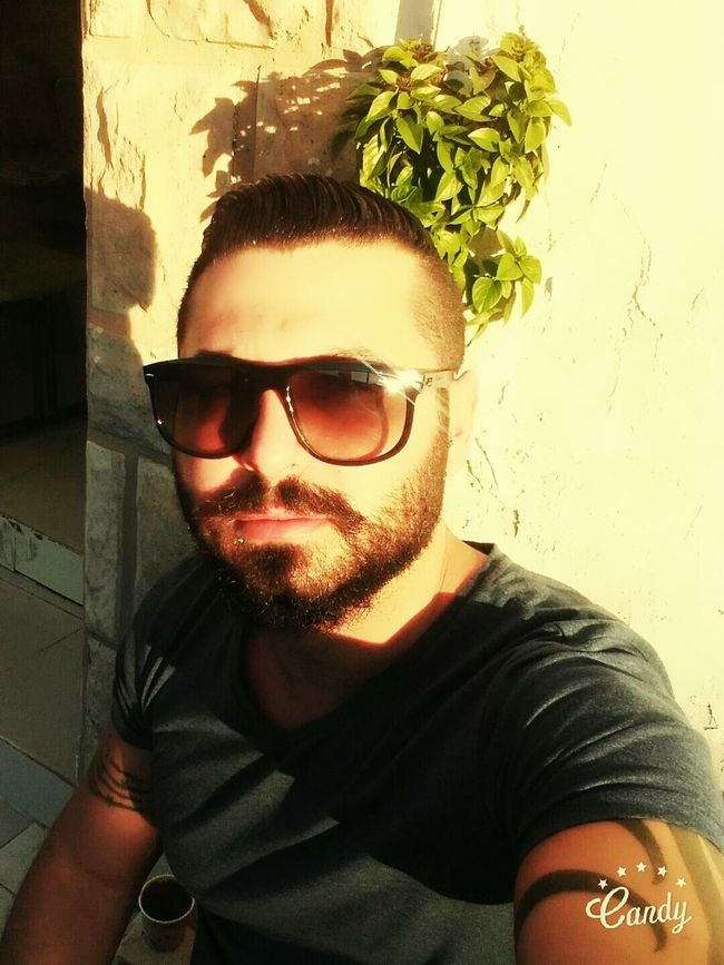 Young Adult Young Men Only Men Portrait One Young Man Only One Person One Man Only Adults Only Lifestyles Sunglasses People Adult Leisure Activity Men Eyeglasses  Trendy Outdoors Day Cheese! Hello World Taking Photos Looking Sunset