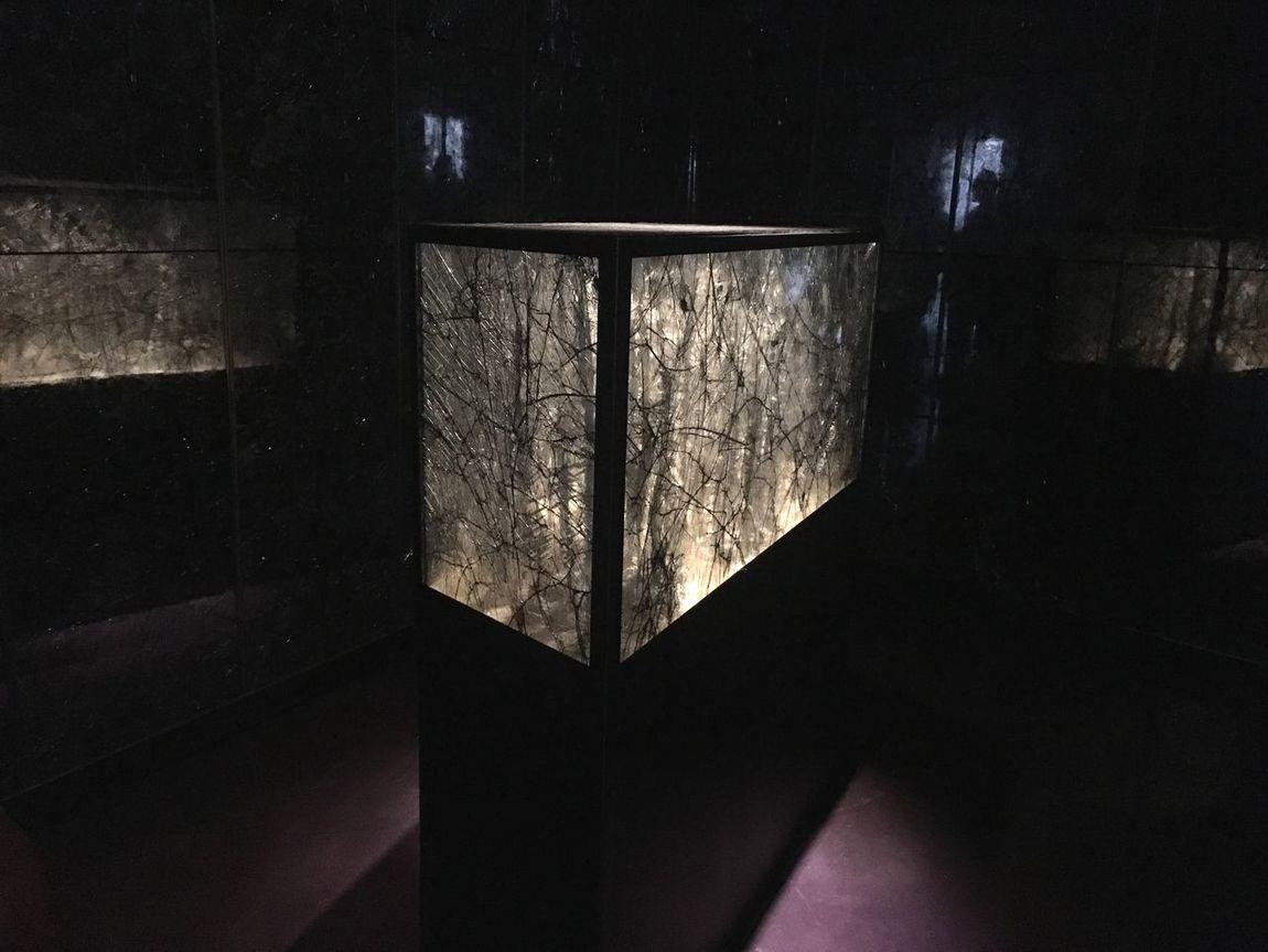 Riflessi Carla Sozzani Gallery Milano Corsocomo Italy