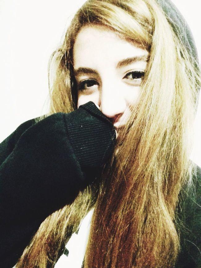 Badgirl♡ BadGirlsClub BadBitch♡ Badgirl Blonde Hair Blonde Girl Sexygirl Blonde Hair Smile