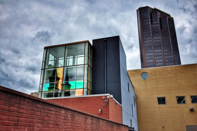 DowntownStP St. Paul Saint Paul Minnesota Looking Up Architecture Low Angle View Building Exterior Cloud - Sky Urbanscape Architecture Sky And Clouds Urbanphotography Clouds And Sky Urban Photography Cityscapes Urban Landscape Cityscape City Built Structure Urban Lifestyle Light And Shadows No People