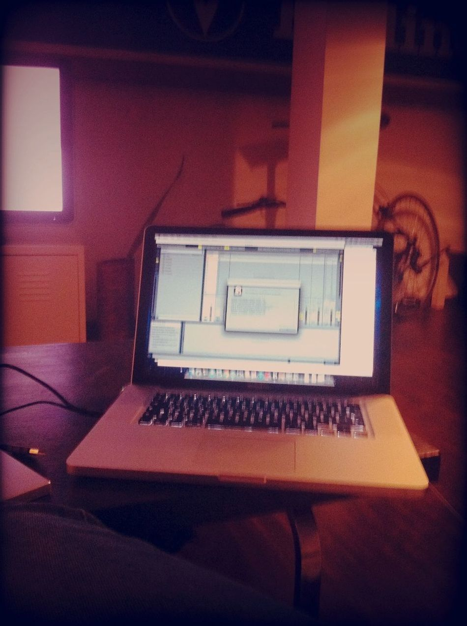 New MacBook pro installing ableton at HOME New MacBook Pro Installing Ableton