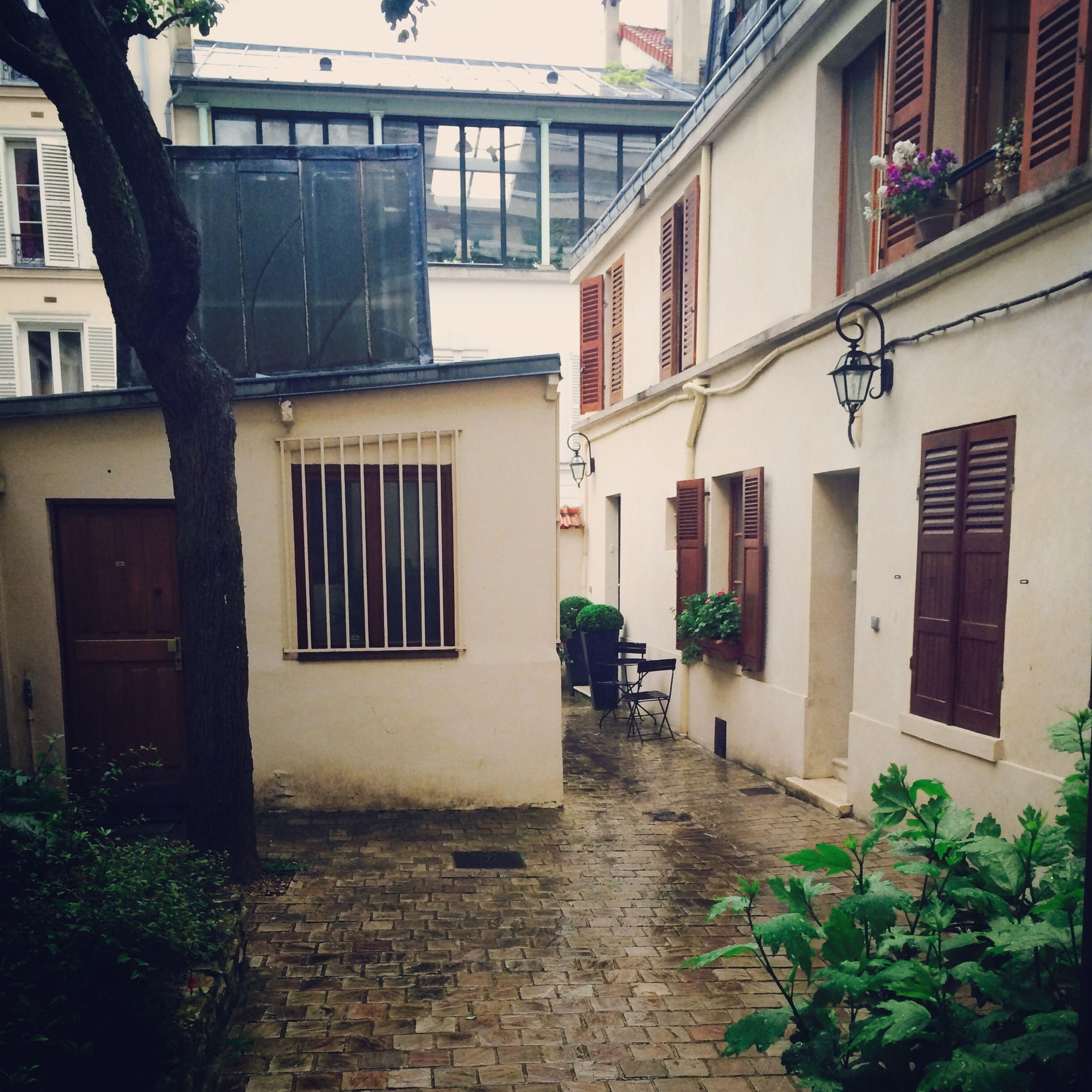 Paris Architecture Rain Taking Photos #Home
