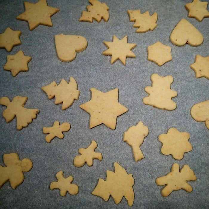 Kekse Cookies Christmas Time Weihnachten Stars Heart Food Essen