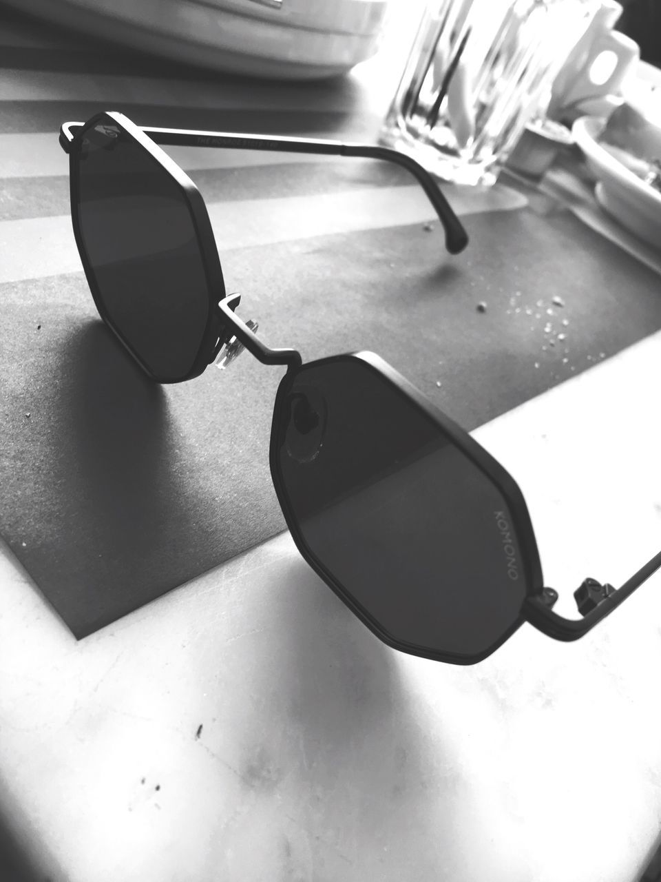 sunglasses, table, still life, no people, indoors, sunlight, close-up, day, eyeglasses