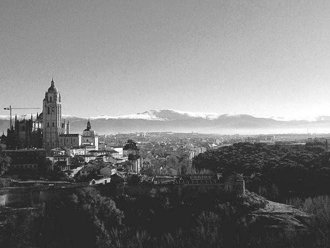 Encantos em preto e branco. Segovia Espanha Catedral