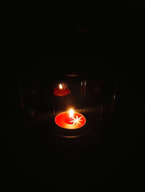 Flame Burning Candle Illuminated No People Dark Close-up Indoors  Darkroom Tea Light Diya - Oil Lamp красный Krasnodar Россия свеча пламя светотень