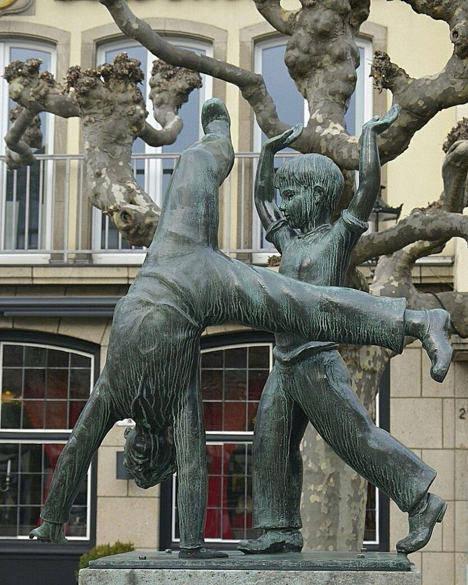 Bronze Statue Children Düsseldorf City Symbols From My Point Of View