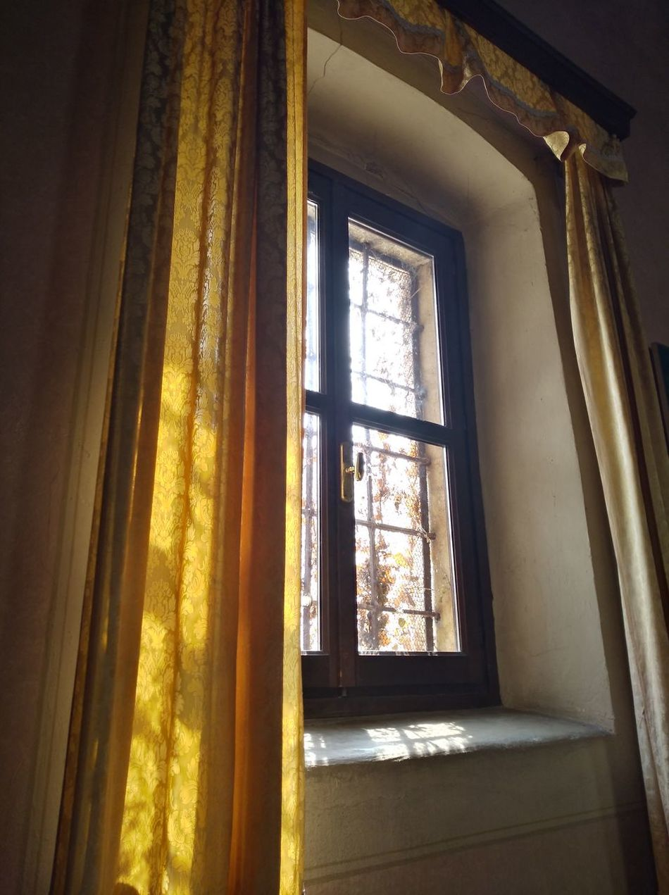Window Indoors  Curtain Architecture Eyem Best Shot - My World We Are Eyeem, We Are Photography We Are Photography, We Are EyeEm StillLifePhotography Lights And Shadows Empty Place Windows Church Churches Light Light And Shadow Light And Shadows Light In The Darkness