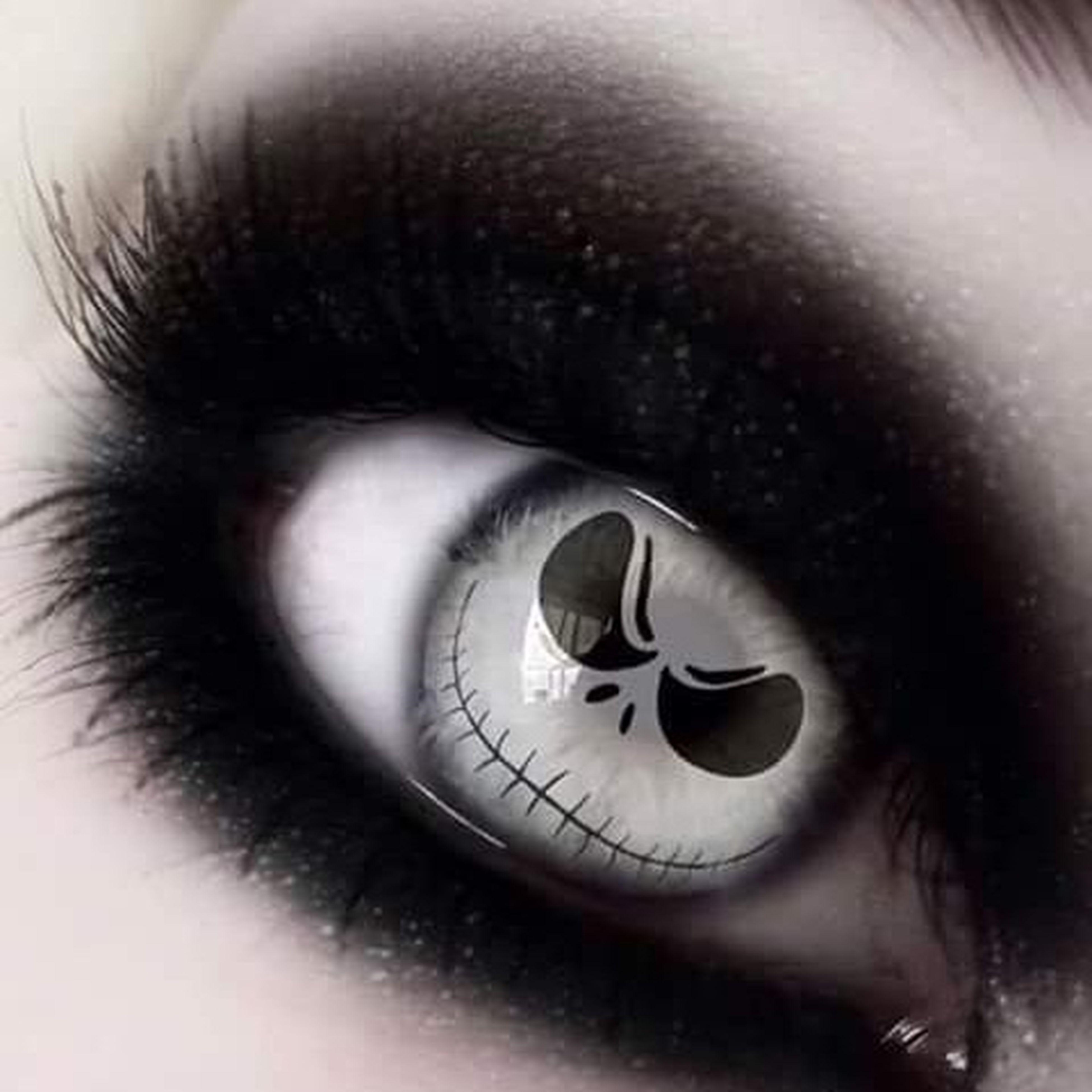 close-up, indoors, front view, eyelash, eyesight, extreme close-up, human eye, full frame, eyeball, focus on foreground, extreme close up