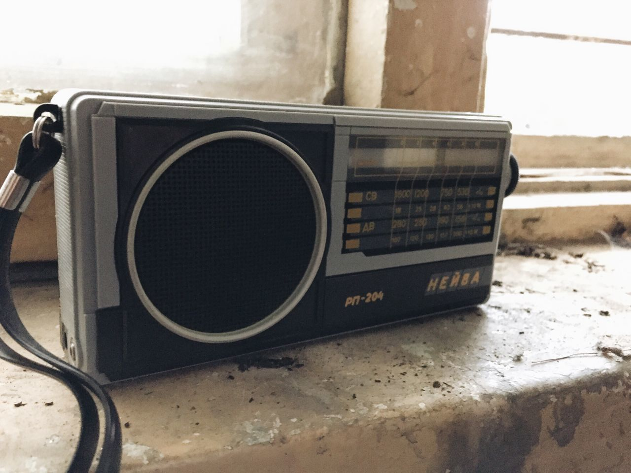 music, communication, technology, audio equipment, old-fashioned, close-up, no people, speaker, stereo, arts culture and entertainment, day, indoors, radio station