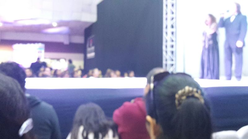 Blurred People Singer  Singing Runway Tenor Person Caucasian Lima Peru A Lot Of People Blurred Face