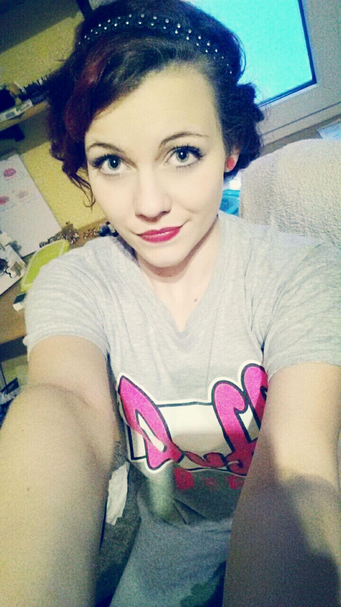 Selfie Lippenstift Haarband Duff Beer