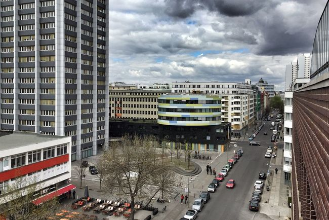 My Fuckin Berlin Kreuzberg Südliche Friedrichstadt Rooftops Skyporn Clouds And Sky Der Himmel über Berlin