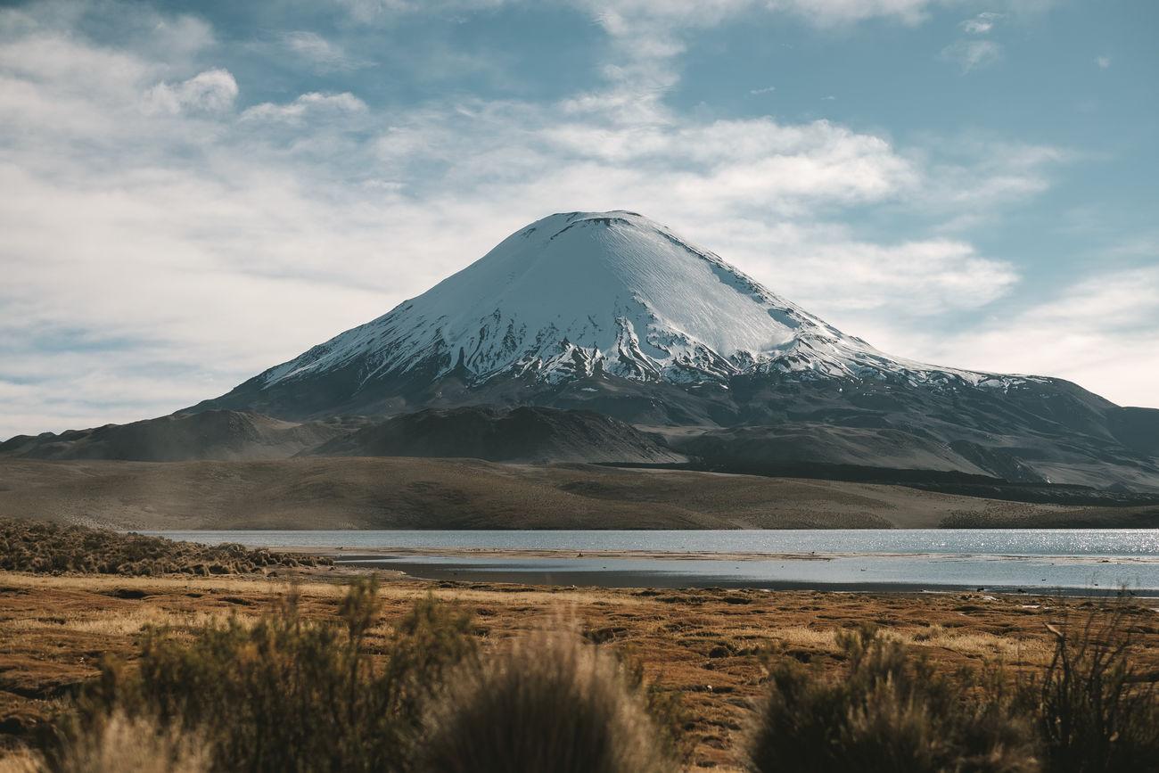 Amazing View Andes Beauty In Nature Chile Cloud - Sky Lagoon Mountain National Park Nature Nature Parinacota Parque Nacional Lauca Y Putr Peak Putre Snow Snowcapped Mountain Travel Destinations Volcano